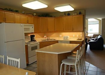 Thunder ridge townhome kitchen