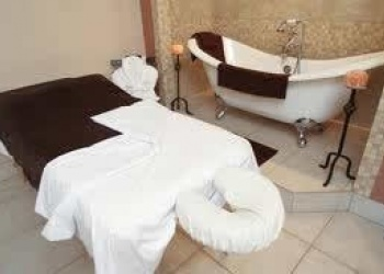 Massage and Spa in Fairmont