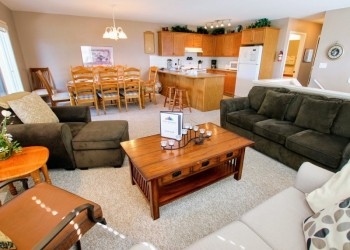 Invermere & Windermere Private Homes & Cabins