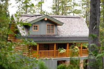 Snow creek cabins high country vacation rentals for Fernie cabin rentals
